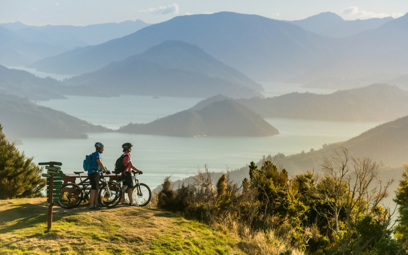 People biking and experiencing the Marlborough Sounds.